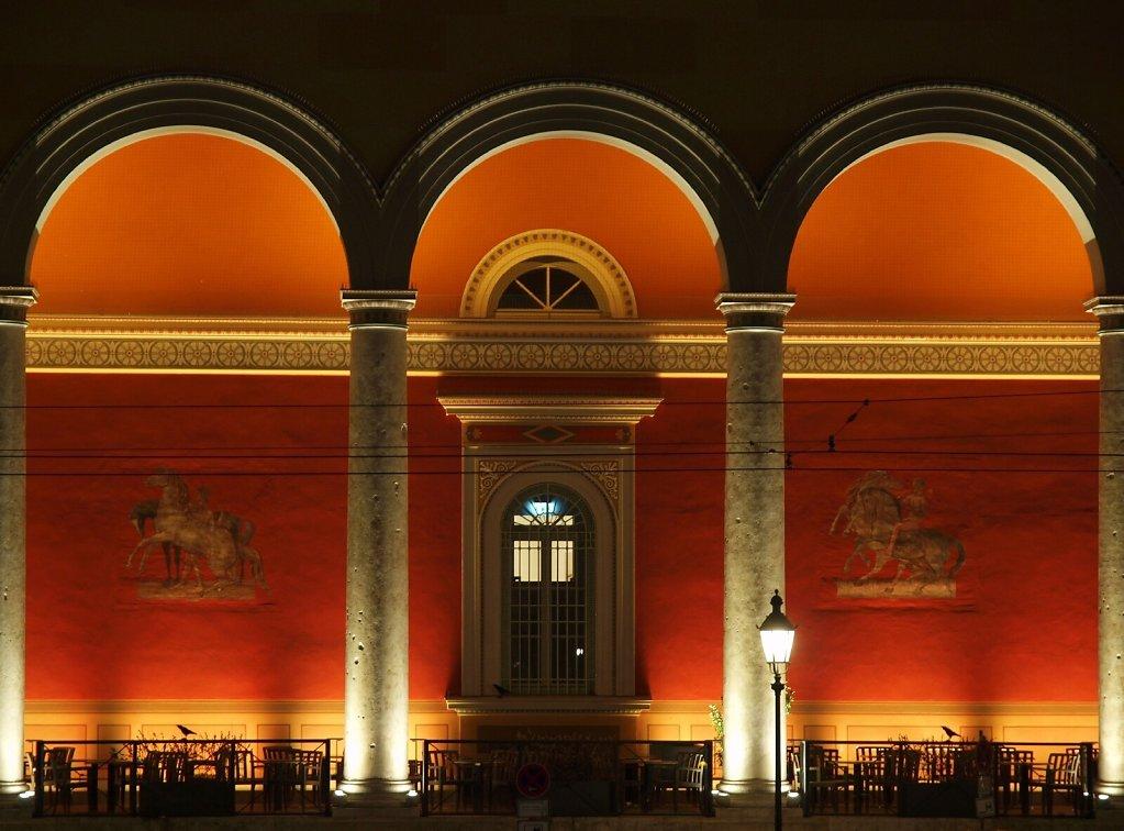 Palais Toerring-Jettenbach at night