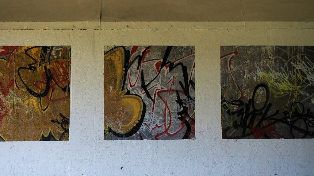 Abstract Art Gallery at Brudermühlbrücke