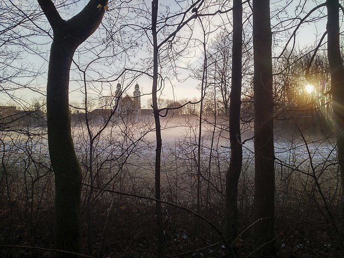 On a winter morning in Berg-am-Laim (Catholic Church of St. Michael)